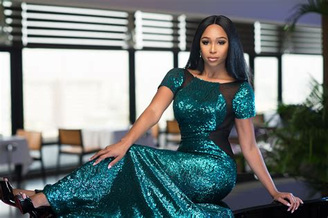 minnie dlamini minnie dlamini ik announced as hosts for 2016 amvcas