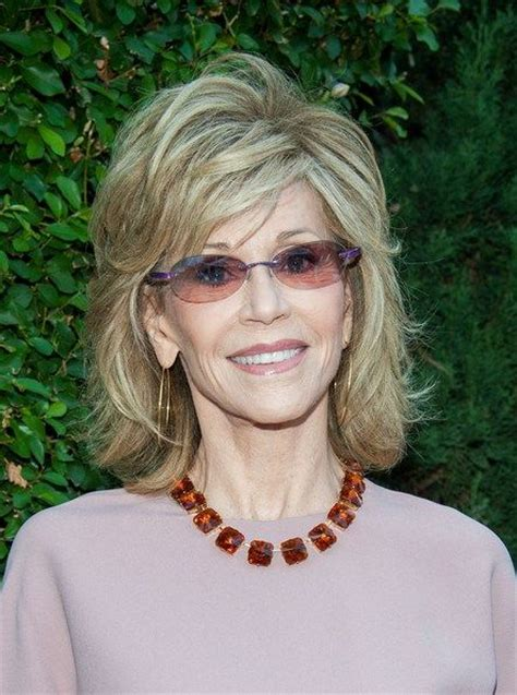 what color hair is jane fondas 30 best jane fonda hairstyles colors medium hairstyles