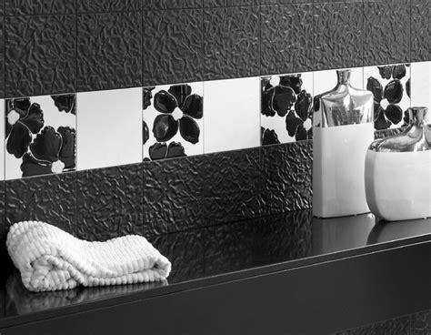 piastrelle nere per bagno piastrelle bagno nere e bianche sweetwaterrescue