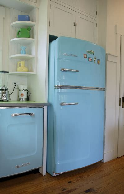 Old Fashioned Kitchen Appliances | 50 s retro refrigerator and vintage appliances latest