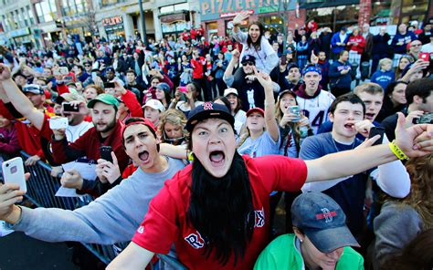 boston sox fans fan support 2013 sox series victory parade espn
