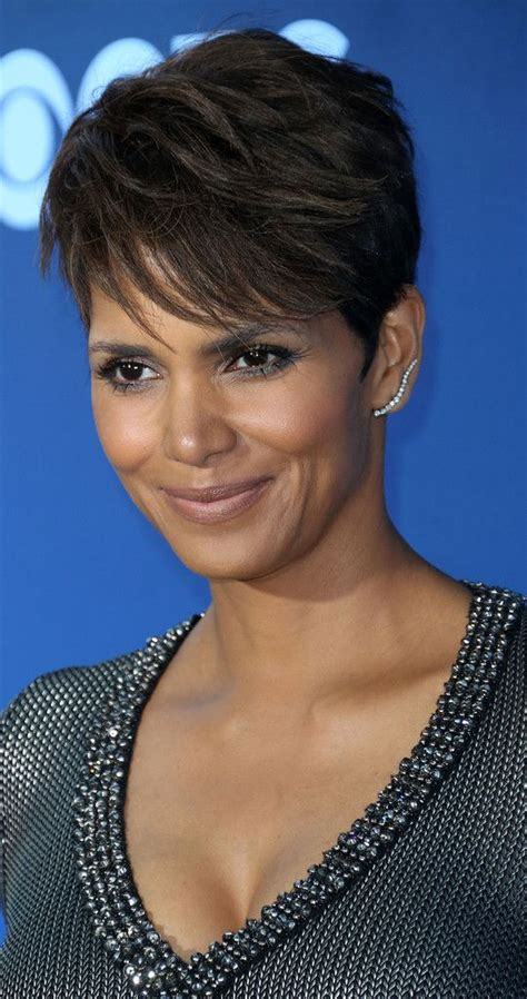 picture of halle berry hairstyle on extant 25 best ideas about halle berry hair on pinterest halle