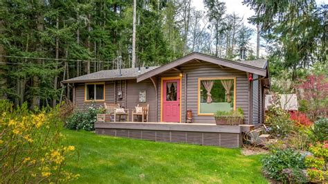 A Tiny House On Whidbey Acreage Is Comfortable Without Whidbey Tiny House