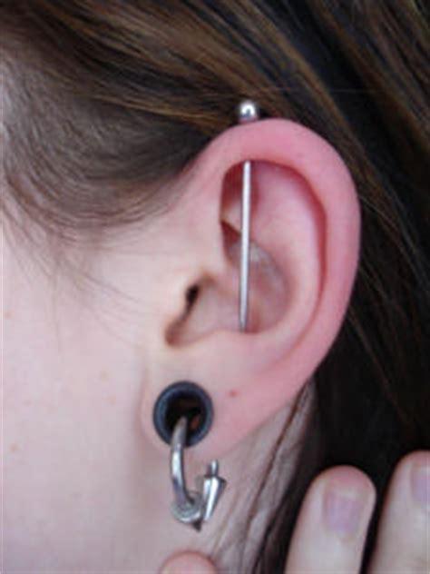 tattoo parlour torquay torbay body piercing tq1 1ey piercing tattoo studio