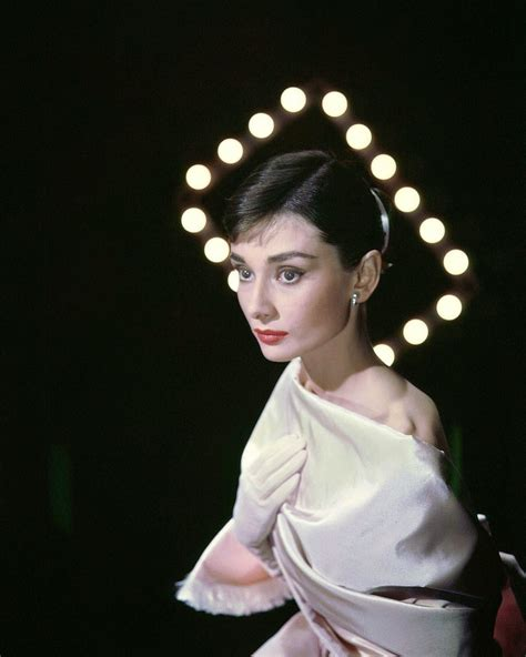 biography movie about audrey hepburn beautiful fashions of audrey hepburn in the 1950s