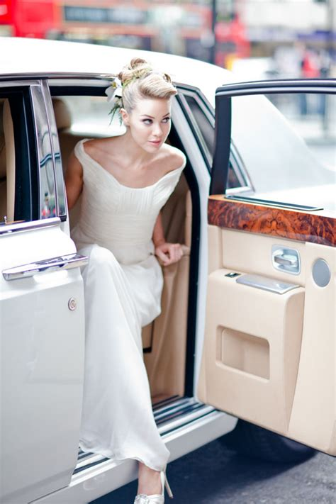 Wedding Car Entrance by Infallible Entrance How To Gracefully Enter Exit A