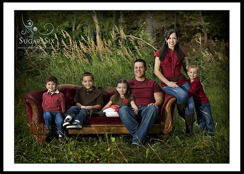 family picture color ideas annual fall in the park special fall family portraits