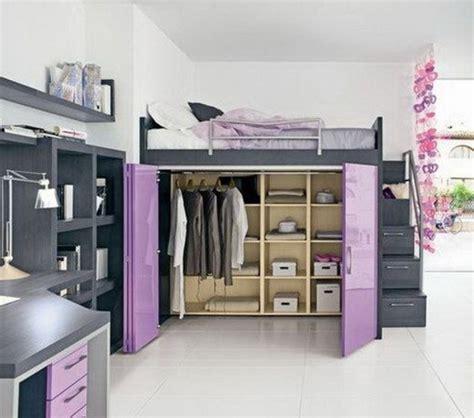 Hochbetten Mit Kleiderschrank by Wohnlandschaft Mit Bettfunktion Ein Kleines Ambiente