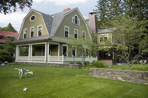 gambrel roof house green gambrel exterior traditional exterior boston by lda architecture interiors