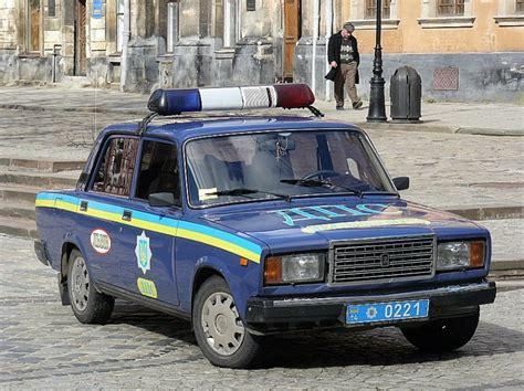 Lada Ukraine Polizeifahrzeuge Ukraine Fahrzeugbilder De