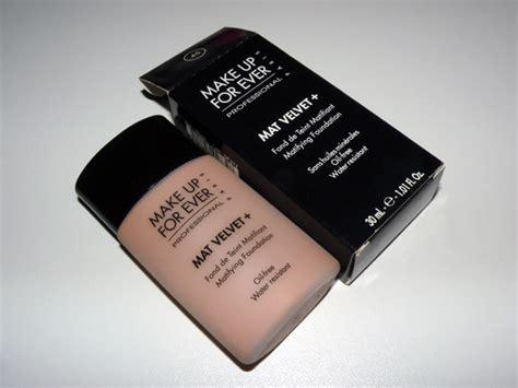 Mat Make Up by Resenha Base Mat Velvet Make Up For 2beauty