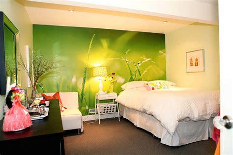 green wallpaper bedroom basement bedroom green wallpaper design decosee com