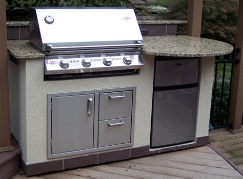 outdoor kitchen stainless doors and drawers 33 best images about outdoor kitchens on pinterest