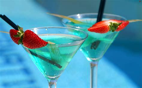 interesting cocktails kolorowe truskawek drinki kawałki tapety tja pl