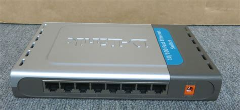 D Link Des 1008 8 Port Switch d link des 1008d 8 port 10 100 fast ethernet switch