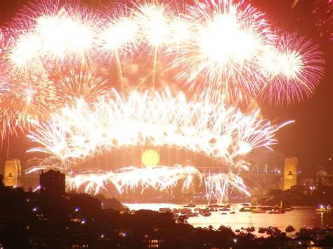 new years wiki file sydney harbour fireworks new years 2008 jpg