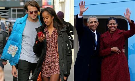 michelle obamas boyfriend uk home daily mail online