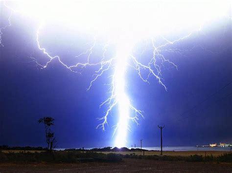 bom weather meteorology
