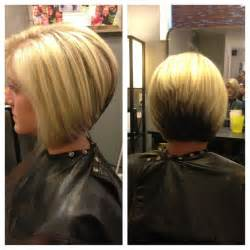 diy cutting a stacked haircut stacked haircut highlights and color block hair