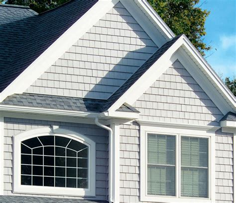 house siding that looks like wood vinyl siding for many years homeowners hoping to avoid the maintenance that comes