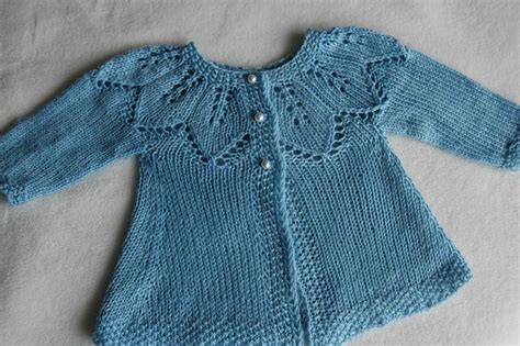 leaf pattern baby cardigan free pattern autumn leaves knitting and crochet