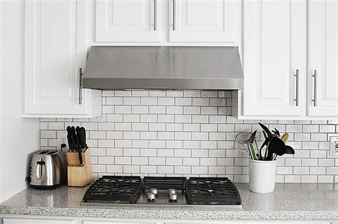installing subway tile backsplash in kitchen subway tile kitchen backsplash how to withheart