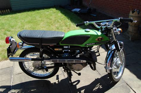 restored suzuki t125 stinger 1973 photographs at classic