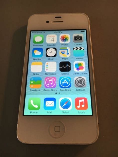 Iphone 4s 32gb White iphone 4s white original secondhand my