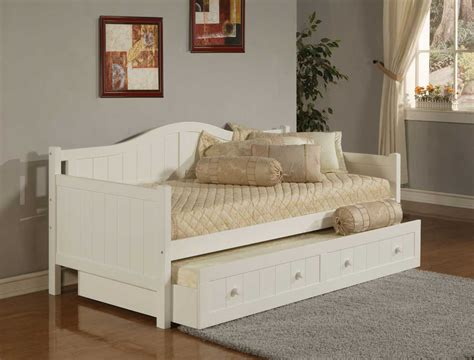 daytime bed hillsdale staci white daybed 1525db homelement com