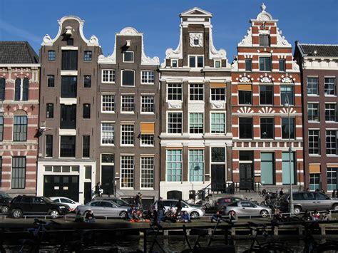 Narrow Homes by Amsterdam Has More To Offer