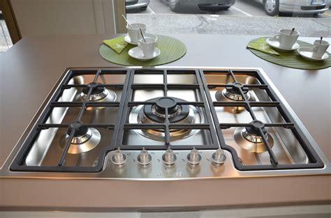 piano cottura semifilo cucina euromobil e25 moderna legno cucine a prezzi scontati