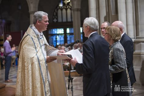 national cathedral dean randy hollerith