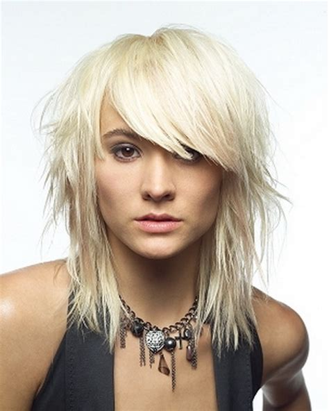 short choppy layered with bang for fine hair long face medium choppy hairstyles with bangs
