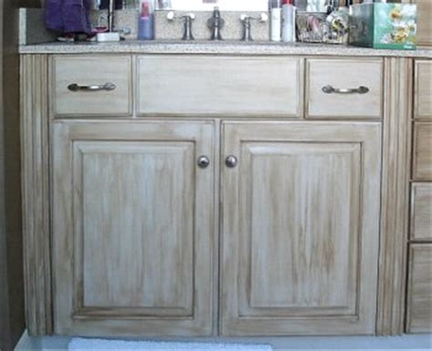 kitchen cabinet com antiqued cabinets