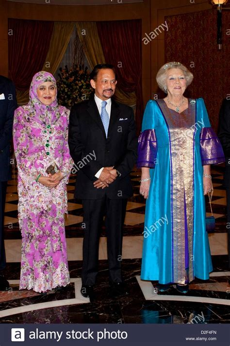 sultan hassanal bolkiah wives dutch queen beatrix sultan haji hassanal bolkiah and his