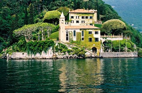 dream lover boat and breakfast the 10 coolest celebrity vacation homes beautiful lakes