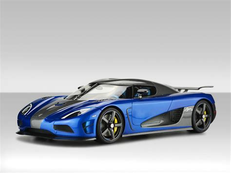 koenigsegg one blue wallpaper 1 18 agera hh blue agera rs carbon agera r pearl white