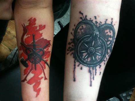 wheel of time tattoos the wheel of time robert stunning tattoos