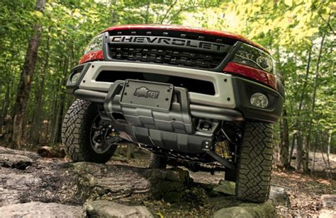 chevy colorado bison packs skid plates  steel bumpers