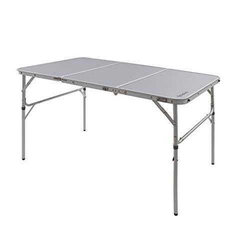 lightweight aluminum folding table kingc 174 3 fold aluminum table easy assembly stable