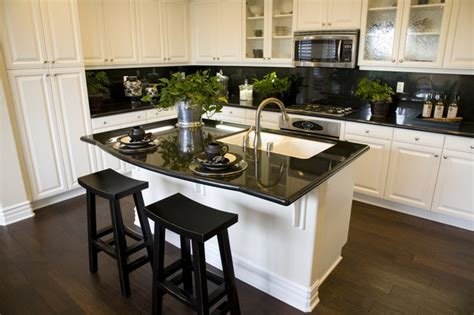 Kitchen Cabinets Maine | kitchen cabinet refacing maine traditional kitchen