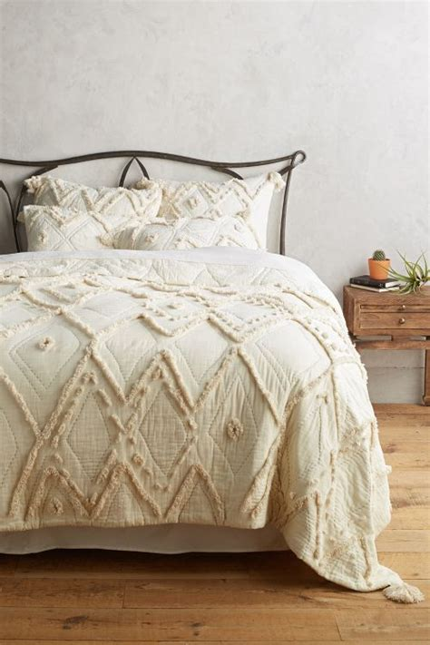 discount quilts and coverlets anthropologie surprise sale save on fashion home decor