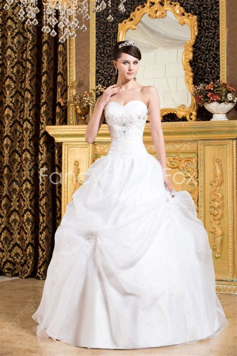 Beautiful Sweetheart Neckline Ball Gown Floor Length Wedding Dresses With Corset Back at