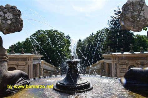bicchieri giganti palazzo farnese a caprarola la prima fontana