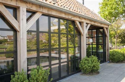 verande in legno prezzi veranda in legno lavorare il legno