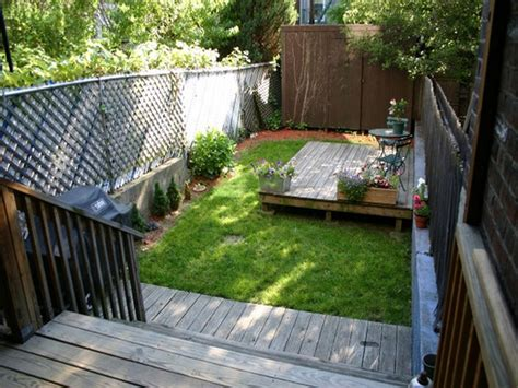 apartments with backyards decoration amazing garden fence ideas for backyard small