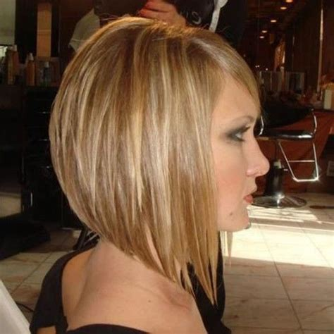 long choppy layered hairstyles inverted bob 150 best images about coupes on pinterest angled bobs