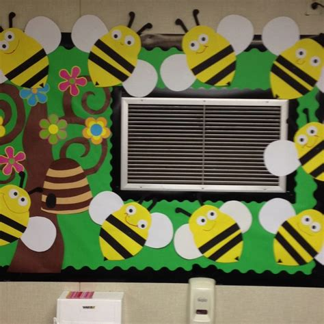 Themes For Quiz Bee | best 25 bee bulletin boards ideas on pinterest bee