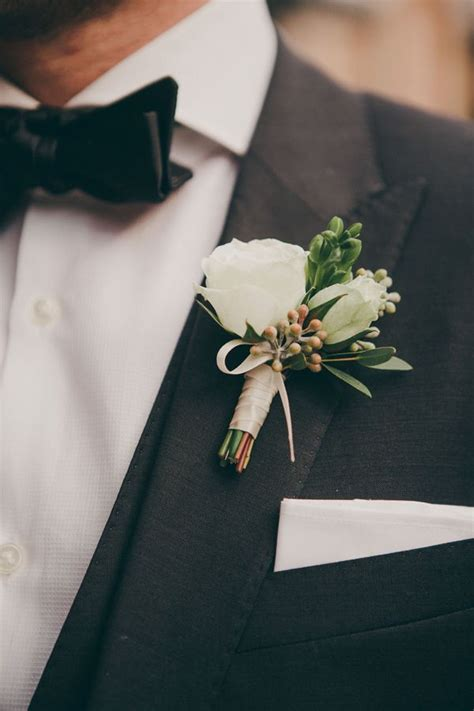whats corsage style for 2015 flowers for him wedding boutonniere styles for the groom