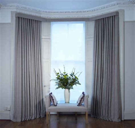 hanging curtains on a bay window the 25 best bay window pole ideas on pinterest drapery